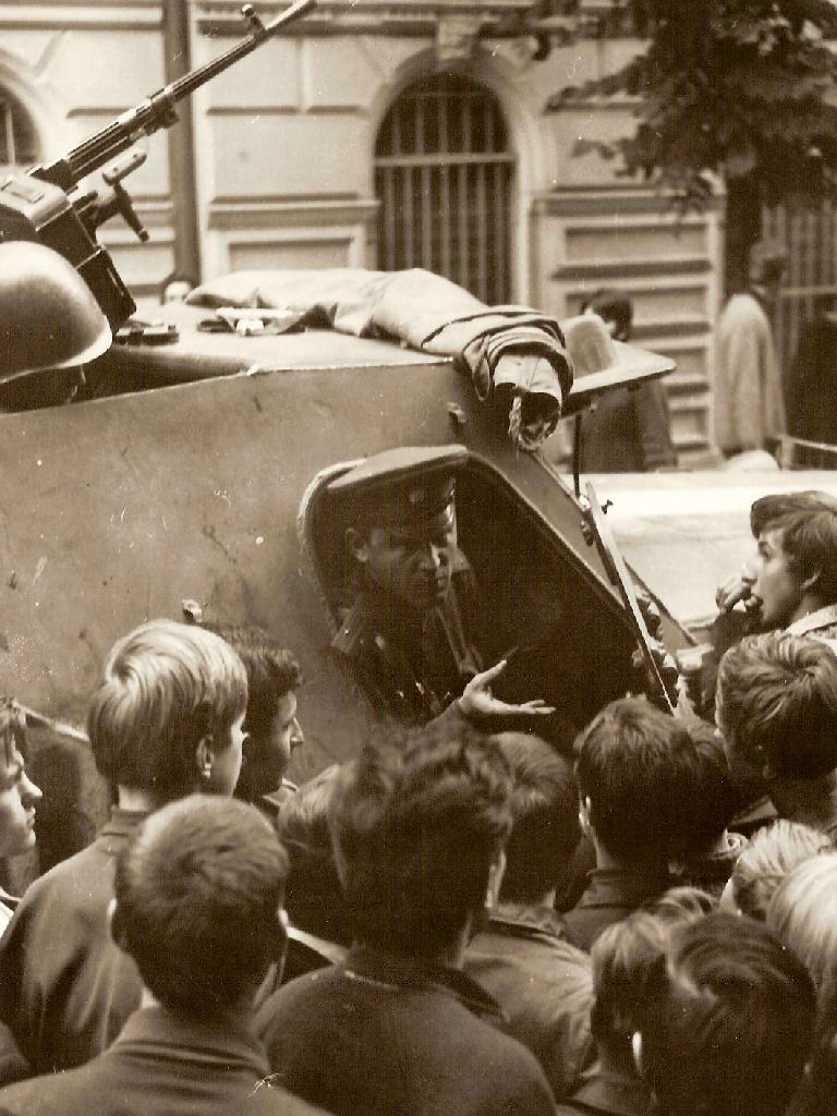 Prague Spring: two thousand tanks against two thousand words 85