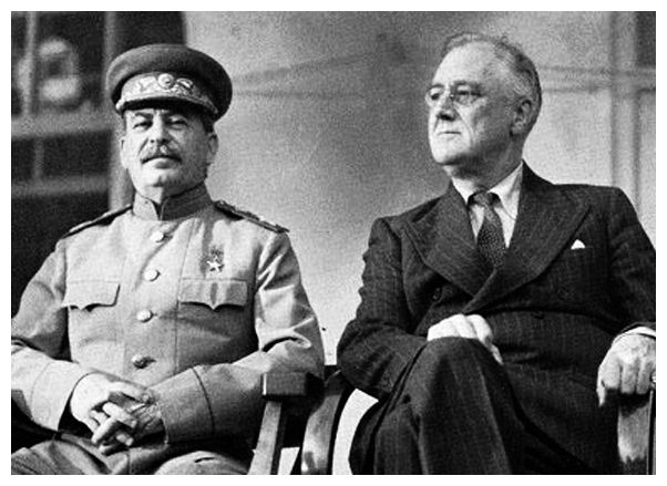 Compare and contrast roosevelt and stalin?